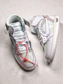 图2_OFF White x Nike Air Jordan 1 重磅联名从打板到后期成型 前前后后改了十几次 因为一个细节不满意 直接作废一千多双 终不负众望 做出来让大家满意的鞋子 SIZE 40 40 5 41 42 42 5 43 44 44 5 45