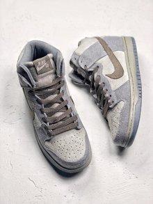 图2_Nike Dunk High Premium SB 星球大战 NikeSB推出的这款Dunk Hi Pro 其灵感来自于StarWars中霍斯星球上独有的Tauntaun雪兽 整体鞋面选用了高档小山羊皮制作而成 并以深浅灰色tone呈现 货号 313171 020 SIZE 36 45