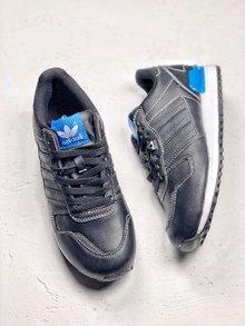 图2_adidas Originals ZX 700 复古主义作为经典的跑鞋鞋款 如今赋予了更多潮流的意义 说他是一双潮鞋也不为过 而adidas Originals ZX 700在其品牌历史中和Nike cortez应该可以说是旗鼓相当 无论是跑步还是压马路都有他的优势所在 36 45