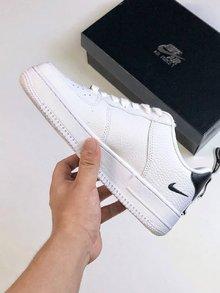图2_耐克创意联名 Nike Air Force 1 Low 空军经典低帮板鞋 串标白黑多勾 头层荔枝纹牛皮 内置气垫size 36 36 5 37 5 38 38 5 39 40 40 5 41 42 42 5 43 44