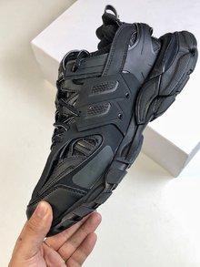 图3_独家首发新品上架 巴黎世家系列二代最强8片组合磨具大底货 巴黎世家 Balenciaga Triple S Sneaker 2 0 二代 时装复古厚底做旧姥爷球鞋 全黑色 尺码 36 45男鞋先出