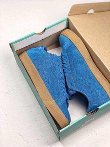 图1_Nike SB Zoom Blazer Low 必备单品鞋身采用的是麂皮材质很是耐看 鞋垫镶嵌Zoom气垫 让你的脚踩起来更舒服 SIZE 36 44