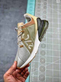 图3_耐克 Nike Air Max 皮面透气后掌半气垫慢跑鞋 一体式鞋面与有趣的非对称设计 都以全新的角度诠释出Air Max 270的独特个性 可以说是将未来与复古相结合的完美体现 PCSIZE 36 36 5 37 5 38 38 5 39 40 40 5 41 42 42 5 43 44 融合了90年代Air Max 93与Air Max 180的复古款式造型与革命性Air缓震技术的风格 展现出第一款专为全天舒适生活而设计的Air Max休闲鞋款 拥有270度 堪称史上最厚的鞋跟可视化气垫 再配以透气网格编织鞋面及流线形设计 搭配前掌双密度泡沫中底 带来绝佳的柔软脚感 兼具非凡优质外观和出色穿着体验
