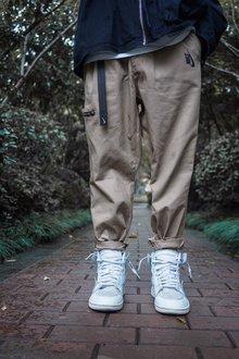图1_Nike耐克海外版宽松飘带直筒工装裤 竖标logo别具一格 定制飘带 男女同款 可配情侣面料 工装沙卡颜色 黑 卡其尺码 M L XL